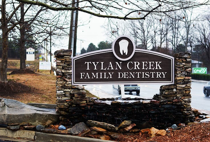 Tylan Creek Family Dentistry outdoor sign